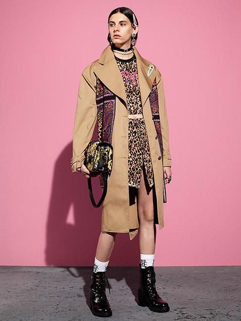 High Fashion und Street Style in einem! Versace Jeans Couture