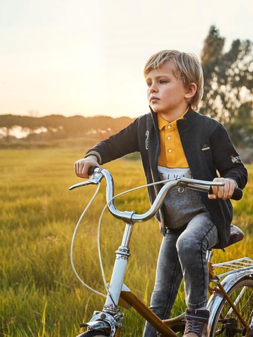 Mayoral Jakościowe ubrania dla dzieci z wyjątkowymi wzorami
