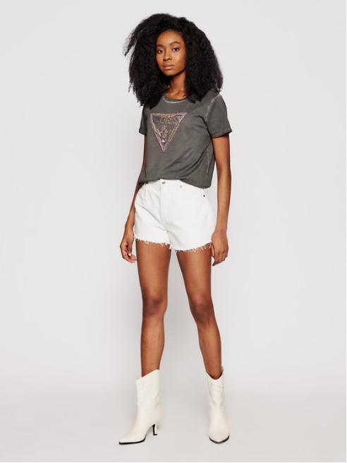 Codzienna stylizacja nie musi być nudna! Bluzki i T-shirty