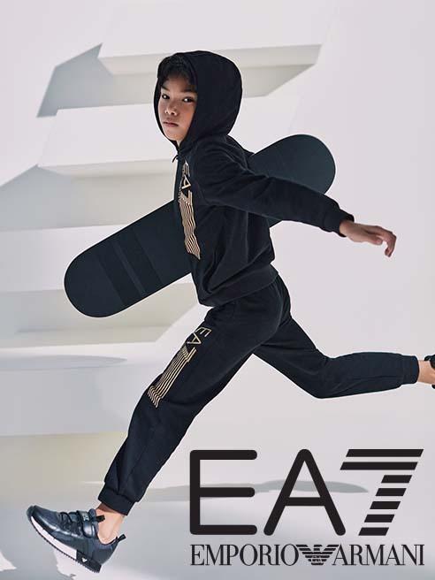 Sport divat aktív gyerekeknek EA7 Emporio Armani