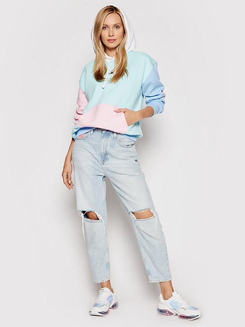 Mizează pe confort Bluze