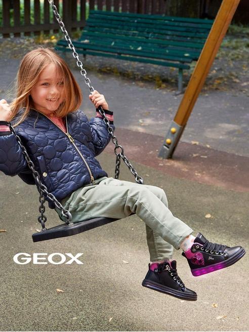 GEOX Świecące buty od marki Geox dla najmłodszych
