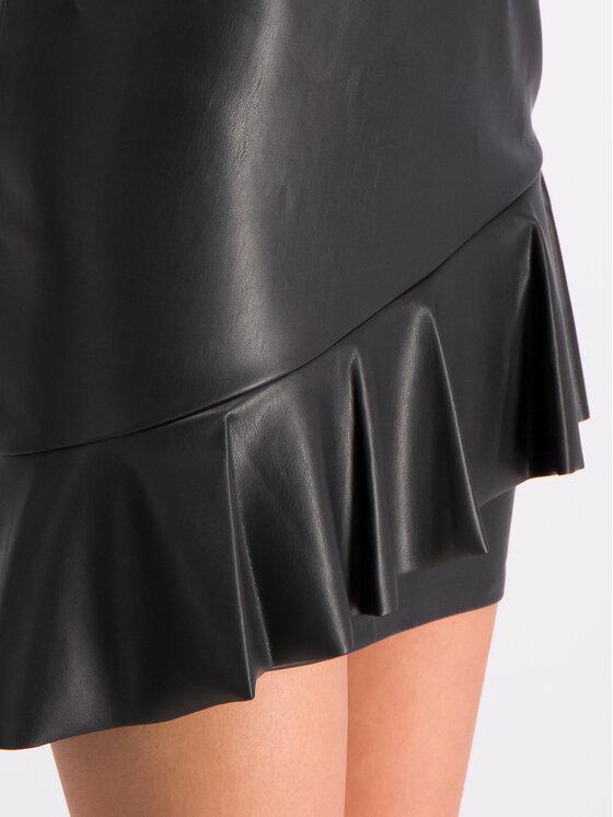 Guess Guess Kožená sukňa W92D91 WBG60 Čierna Slim Fit
