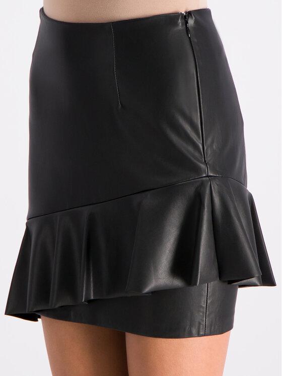 Guess Guess Кожена пола W92D91 WBG60 Черен Slim Fit