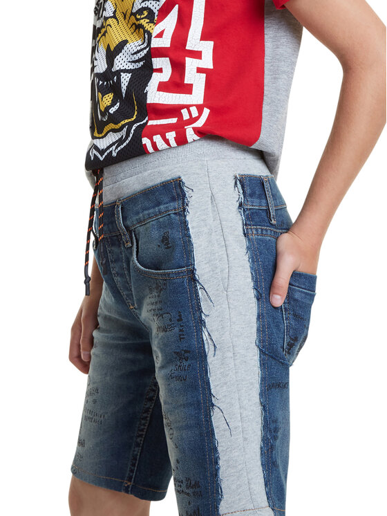 Desigual Desigual Szorty jeansowe Ortiz 20SBDD03 Niebieski Regular Fit