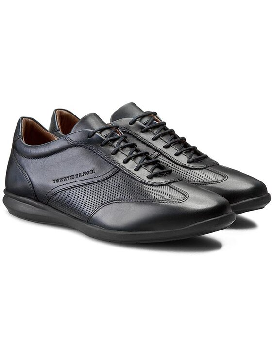 Tommy Hilfiger Tommy Hilfiger Laisvalaikio batai Oliver 15A FM56821077 Tamsiai mėlyna