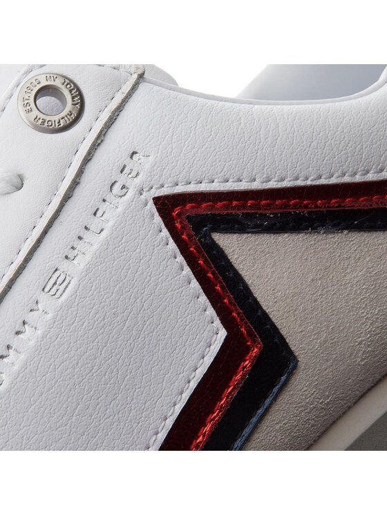 Tommy Hilfiger Tommy Hilfiger Sneakersy Star Retro Runner FW0FW03234 Biały