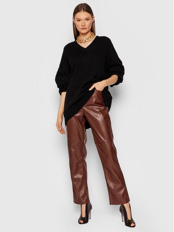 NA-KD NA-KD Spodnie z imitacji skóry Button Closure 1018-007366-0212-581 Bordowy Regular Fit