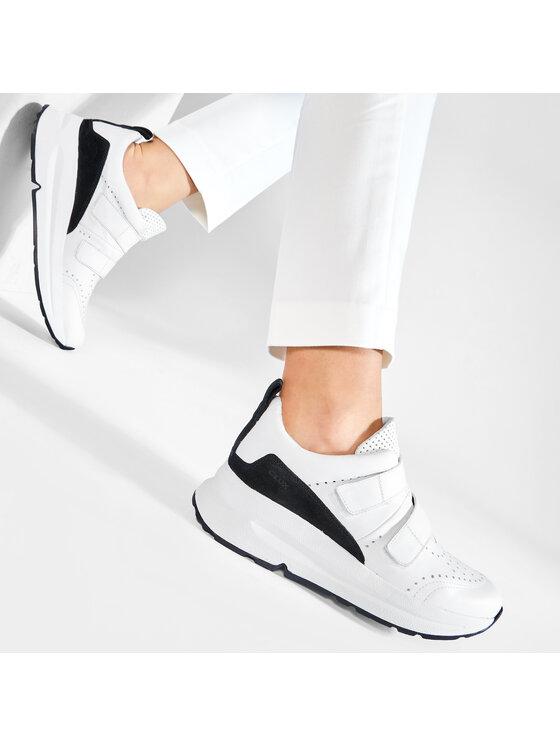 Geox Geox Sneakersy D Backsie B D02FLB 08522 C0404 Biały