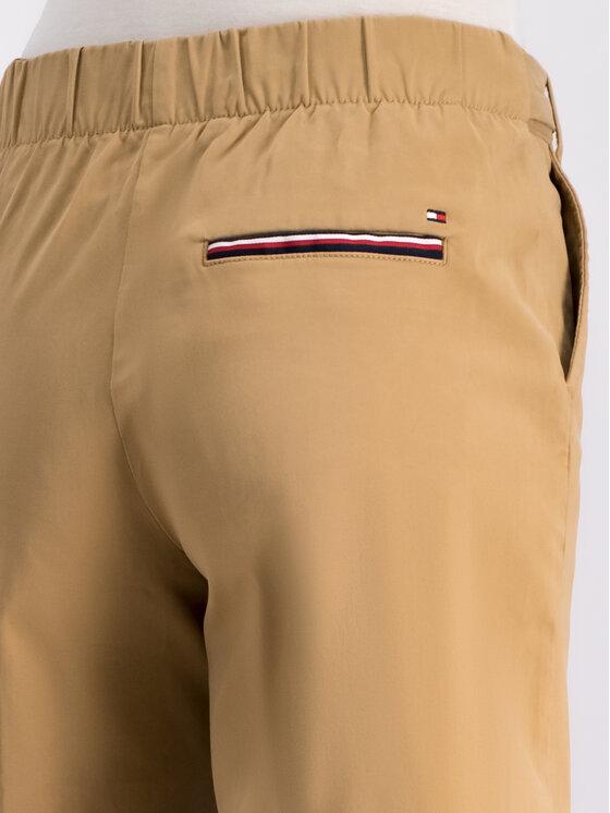 Tommy Hilfiger Tommy Hilfiger Szorty materiałowe WW0WW25074 Żółty Regular Fit