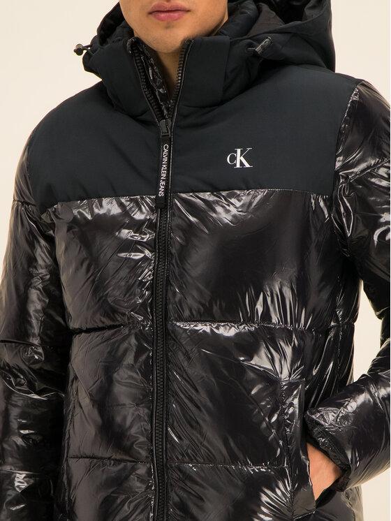 Calvin Klein Jeans Calvin Klein Jeans Μπουφάν πουπουλένιο High-Gloss Hooded Puffer J30J314075 Μαύρο Regular Fit