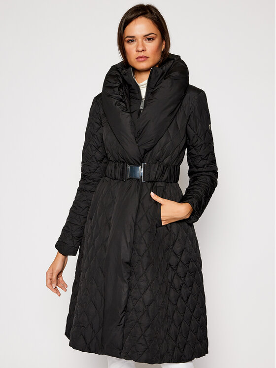 Guess Guess Płaszcz zimowy Wallis W0BL05 WDEY0 Czarny Regular Fit