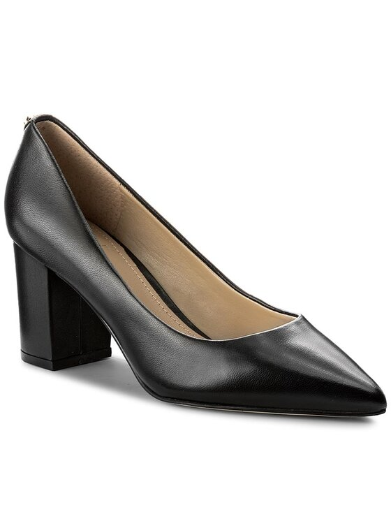 Guess Guess Обувки Biella FLBIE3 LEA08 Черен