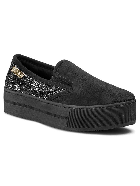 Guess Guess Κλειστά παπούτσια Bianca FL3NCA FUR12 Μαύρο