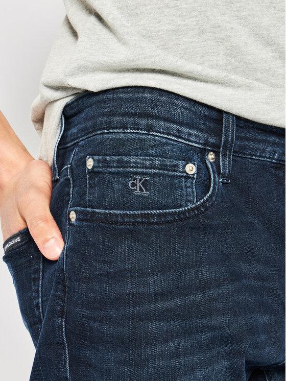 Calvin Klein Jeans Calvin Klein Jeans Jeansshorts J30J314648 Dunkelblau Slim Fit