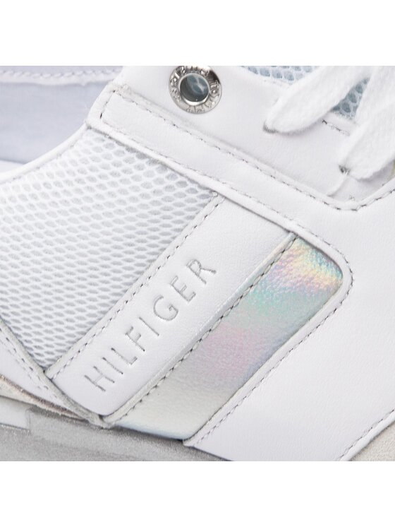 Tommy Hilfiger Tommy Hilfiger Sneakersy Iridescent Light Sneaker FW0FW04100 Bílá