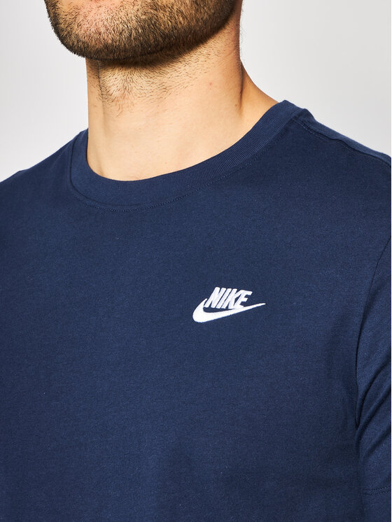 Nike Nike T-Shirt Nsw Club AR4997 Granatowy Standard Fit