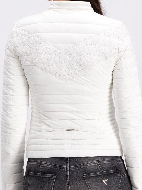 Guess Guess Pehelykabát W93L58 W6NW0 Fehér Slim Fit