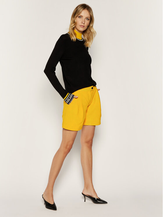 Liu Jo Liu Jo Kožené šortky C19189 P0338 Žlutá Regular Fit