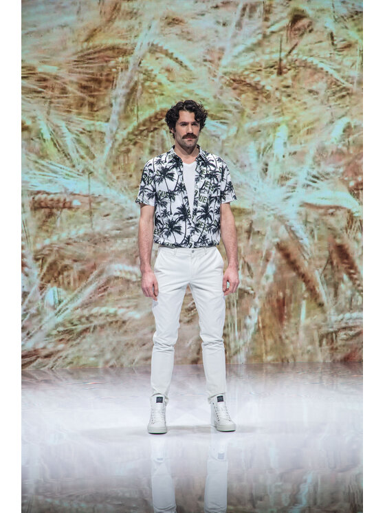 Guess Guess Koszula M1GH26 WDTV1 Biały Regular Fit