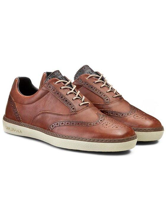 Tommy Hilfiger Tommy Hilfiger Κλειστά παπούτσια Clinton 4A FM56819340 Καφέ