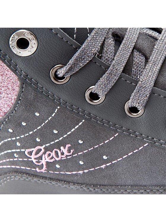 Geox Geox Κλειστά παπούτσια J Witty A J54C8A 02243 C9002 D Γκρι