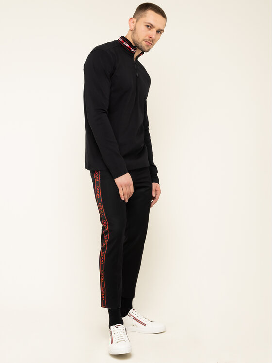 Hugo Hugo Текстилни панталони Farlys194F1 50418736 Черен Relaxed Fit