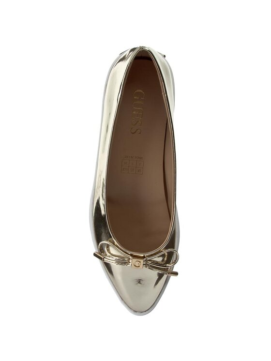 Guess Guess Chaussures basses Kora FLKOR1 LEL12 Or