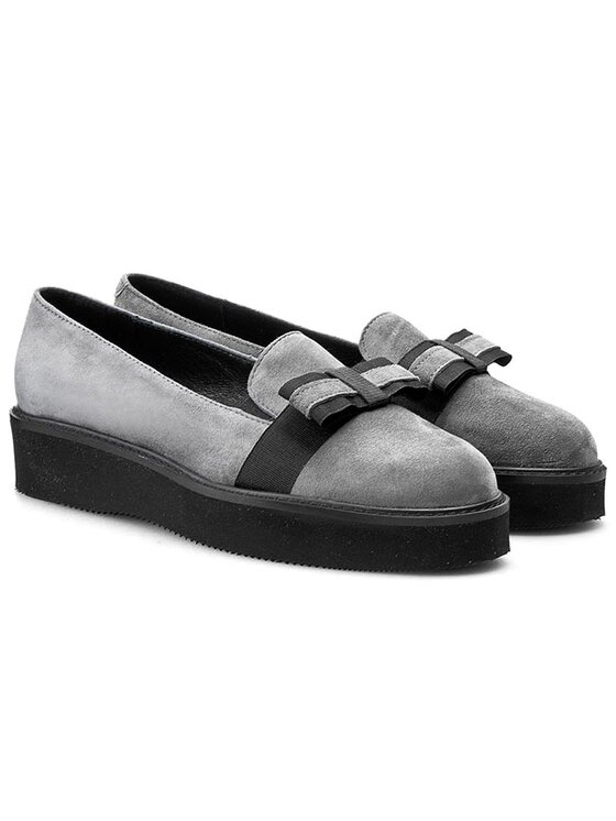 Solo Femme Solo Femme Κλειστά παπούτσια 28304-01-E37/000-03-00 Γκρι