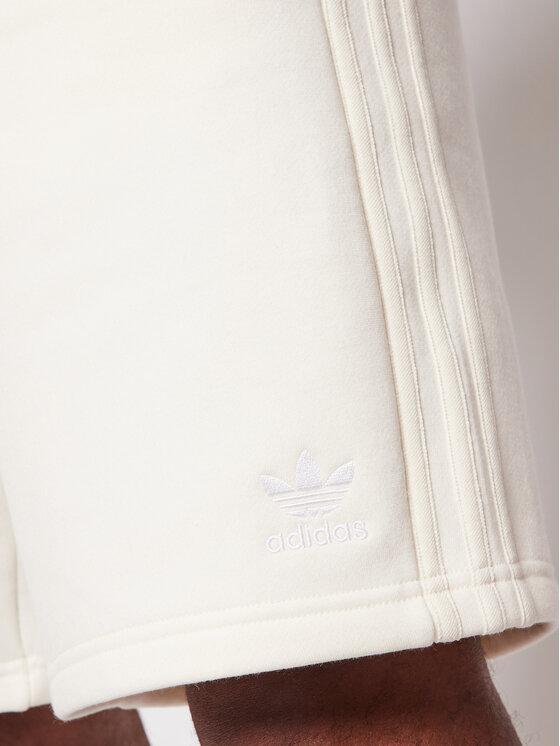 adidas adidas Szorty sportowe adicolor 3-Stripes GN3457 Beżowy Regular Fit