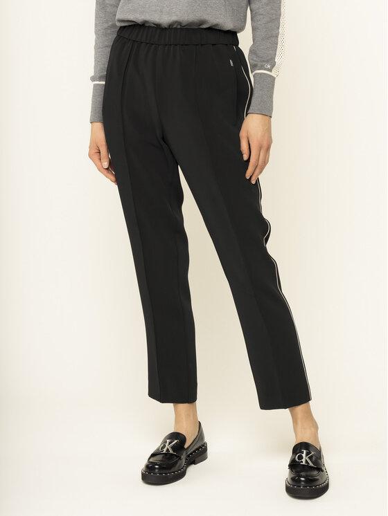 Calvin Klein Chinosy Travel Crepe Side Stripe K20K201715 Czarny Regular Fit