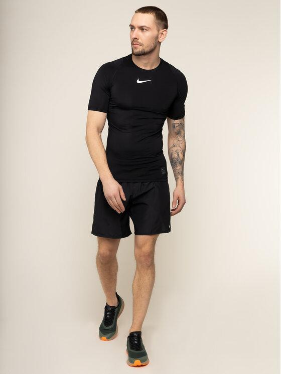 Nike Nike Funkčné tričko Pro 838091 Čierna Tight Fit