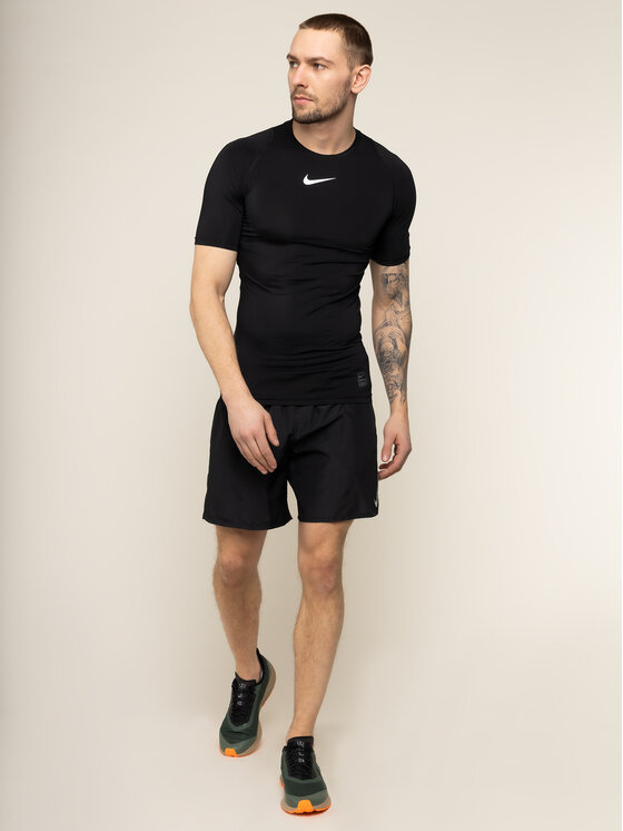 Nike Nike Technisches T-Shirt Pro 838091 Schwarz Tight Fit