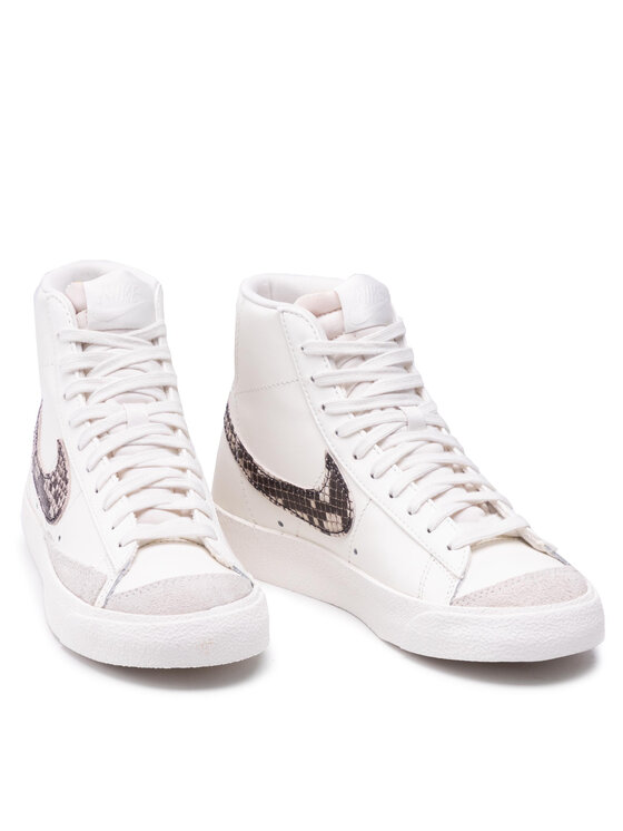 Nike Nike Obuća Blazer Mid '77 Se DA8736 100 Bijela