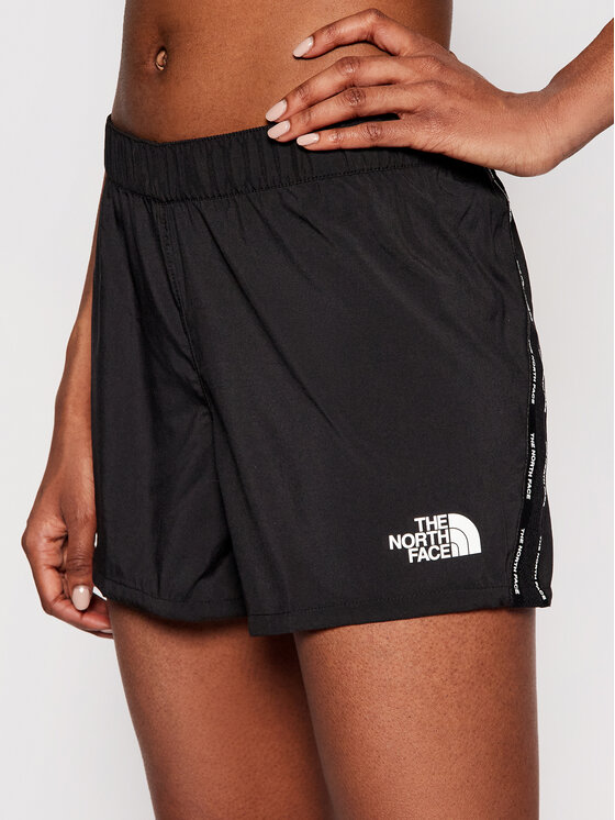 The North Face The North Face Szorty sportowe Ma NF0A556BJK31 Czarny Regular Fit