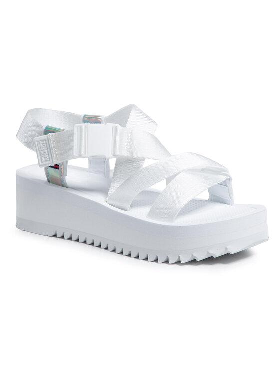 Tommy Jeans Basutės Iridescent Strappy Sandal EN0EN01332 Balta