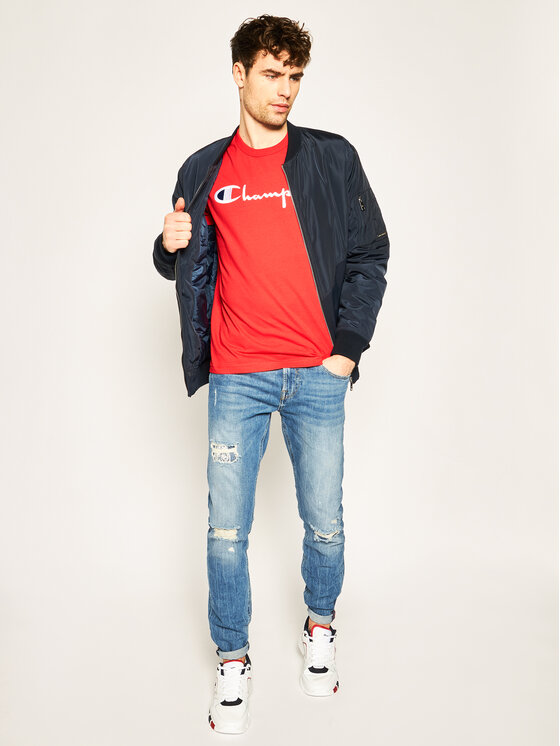 Champion Champion T-Shirt Script Logo Crew 210972 Czerwony Comfort Fit