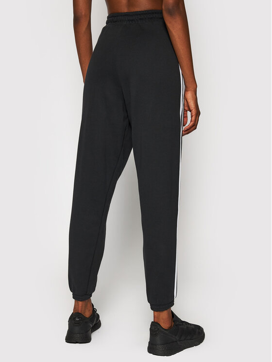 adidas adidas Spodnie dresowe Jogger GD2260 Czarny Regular Fit