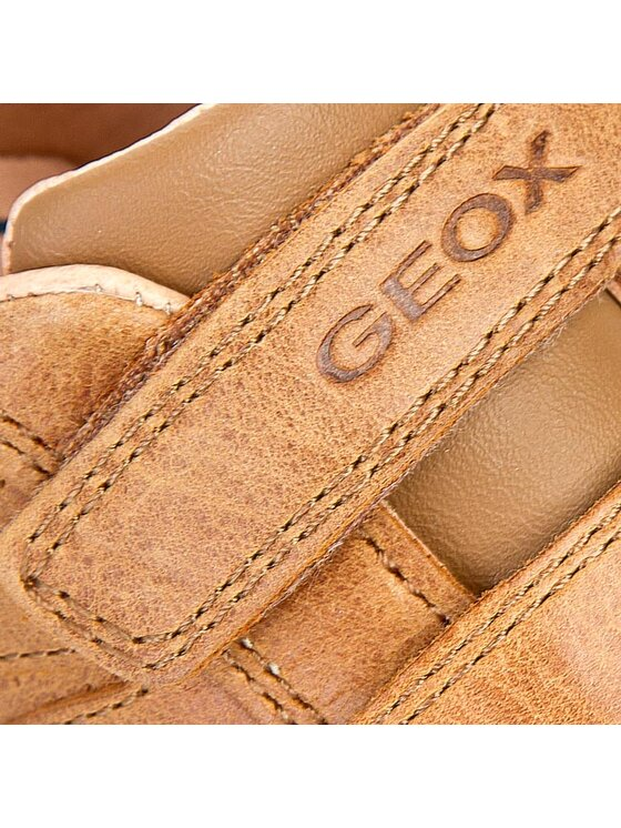 Geox Geox Κλειστά παπούτσια B Flick B.A B5237A 0CL54 C6002 Καφέ