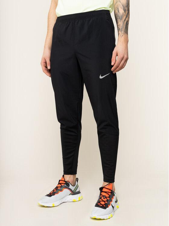 NIKE NIKE Spodnie dresowe Phenom Essential BV4835 Czarny Standard Fit