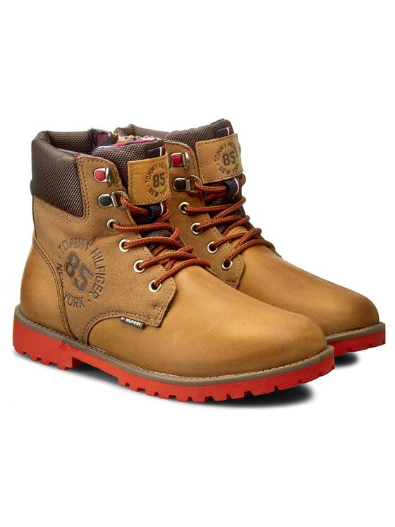 Tommy Hilfiger Tommy Hilfiger Ορειβατικά παπούτσια Houston Jr 1C FB56821693 Καφέ