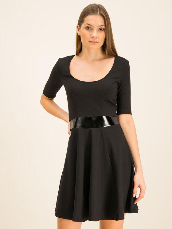 Guess Guess Rochie cocktail Ermina W01K56 K8RN0 Negru Regular Fit