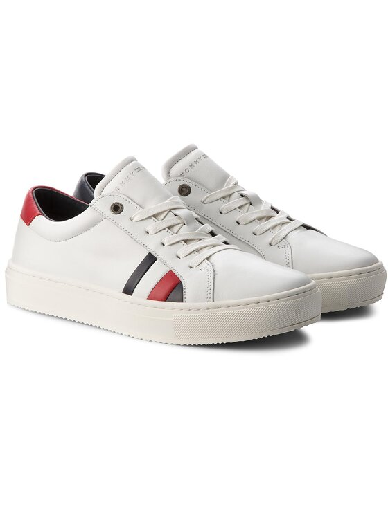 Tommy Hilfiger Tommy Hilfiger Laisvalaikio batai Corporate Leather Detail Sneaker FM0FM01819 Balta