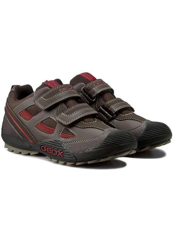 Geox Geox Chaussures basses J Savage B J5424B 05411 C0752 D Marron