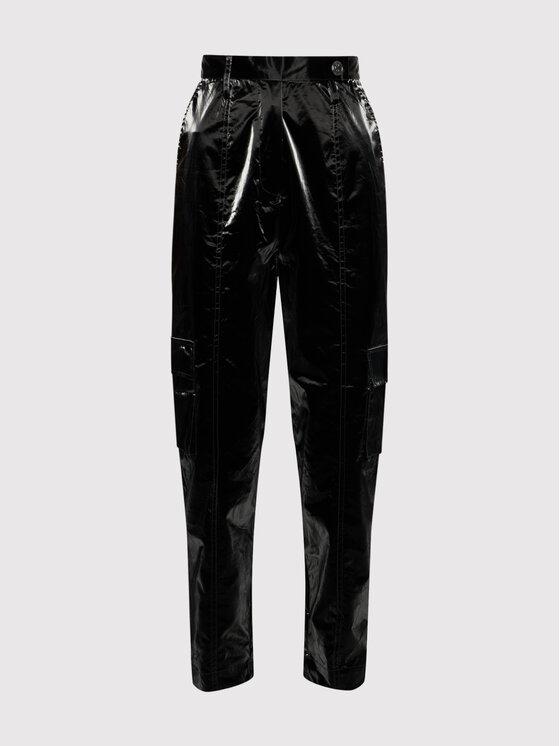 Remain Medžiaginės kelnės Taxus RM417 Juoda Relaxed Fit