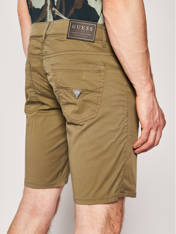 Guess Guess Pantaloncini di tessuto M02D03 WCRJ1 Verde Regular Fit