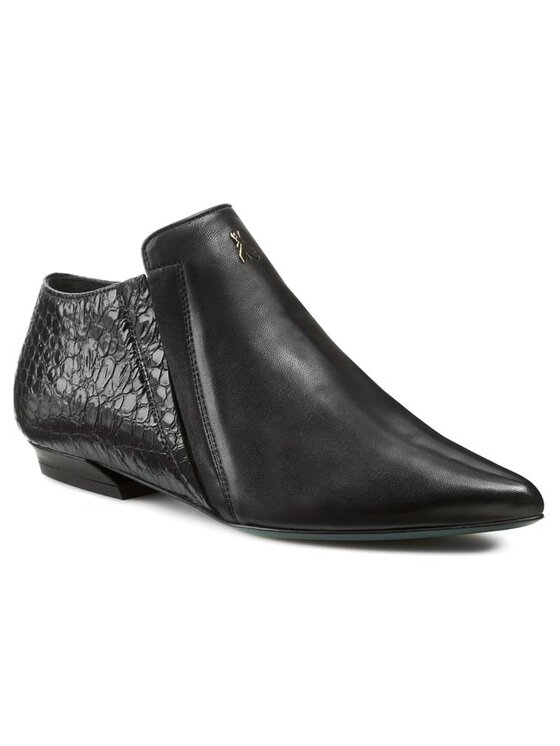 Patrizia Pepe Patrizia Pepe Κλειστά παπούτσια 2V4846/A1EE-K103 Μαύρο