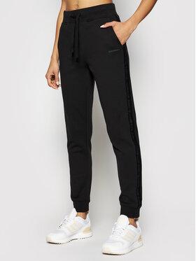 Calvin Klein Jeans Calvin Klein Jeans Spodnie dresowe J20J215458 Czarny Taperted Fit