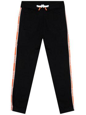 Guess Guess Teplákové kalhoty L1RQ03 KA6R0 Černá Regular Fit