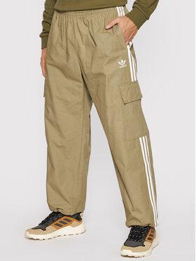 adidas adidas Melegítő alsó adicolor Classics 3-Stripes H09118 Zöld Relaxed Fit
